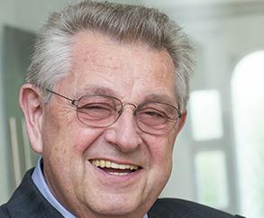 Ekkehard Kiffmann : Wirtschaftsprüfer und Steuerberater